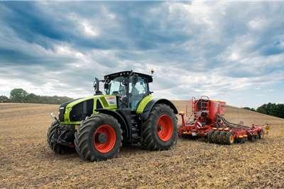Claas Axion 900 Series (950   920) Tractors