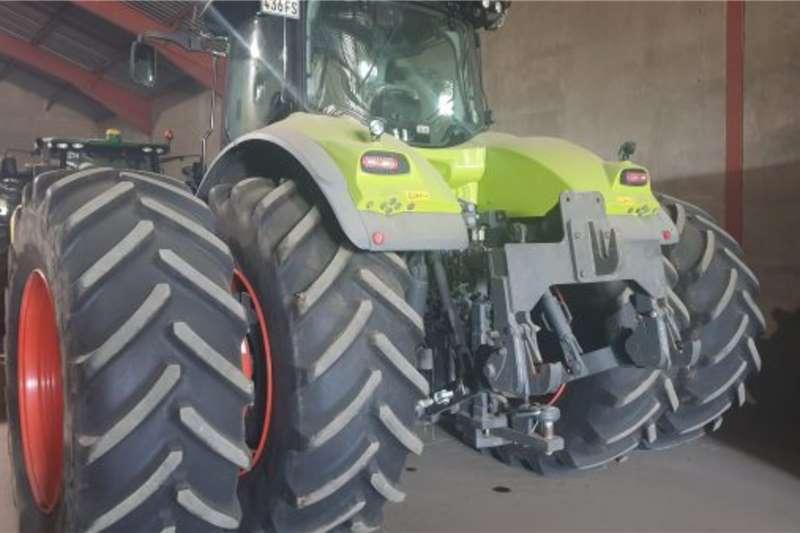 Claas Claas Axion 920 Tractors
