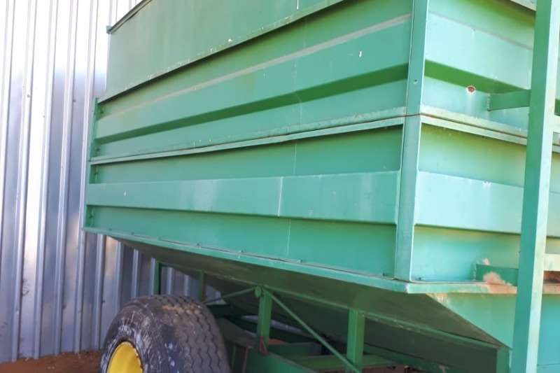 Maize heads 12 ton tapkar Combine harvesters and harvesting equipment