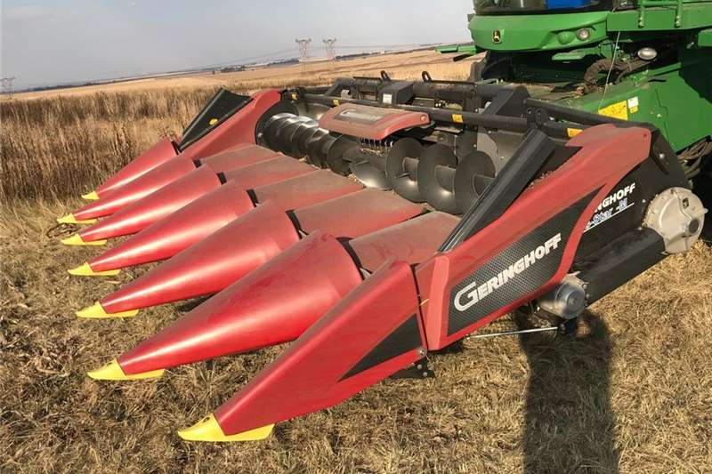 Combine harvesters and harvesting equipment Maize heads 6 row gearinghoff .91