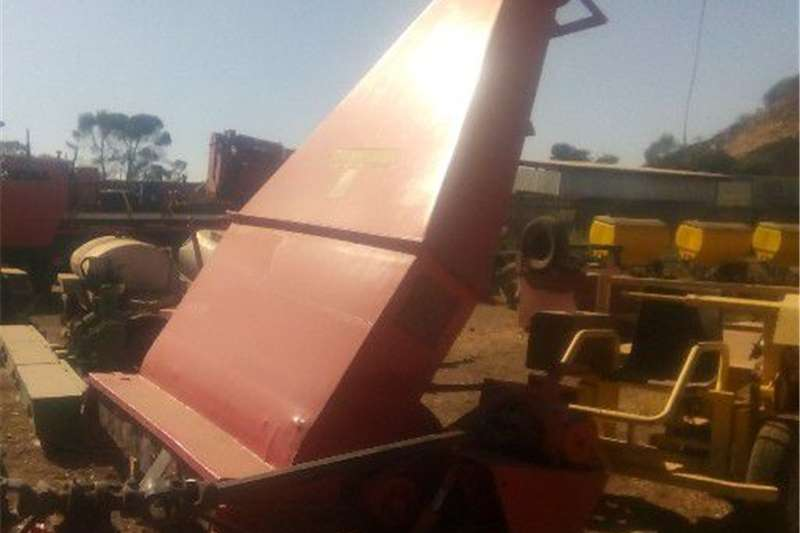 Combine harvesters and harvesting equipment Other combine harvesters and harvesting equipment Forage Harvester Staalmeester single chop