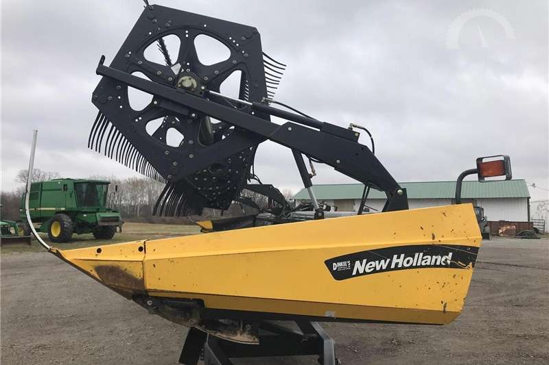 Combine harvesters and harvesting equipment Other combine harvesters and harvesting equipment Holland 94c Draper header