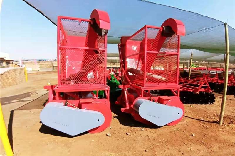 Combine harvesters and harvesting equipment Other heads Silage Harvester