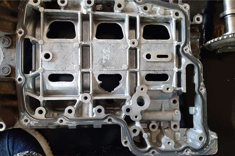 Ford Ranger 2.2 Engine Spares Components and spares