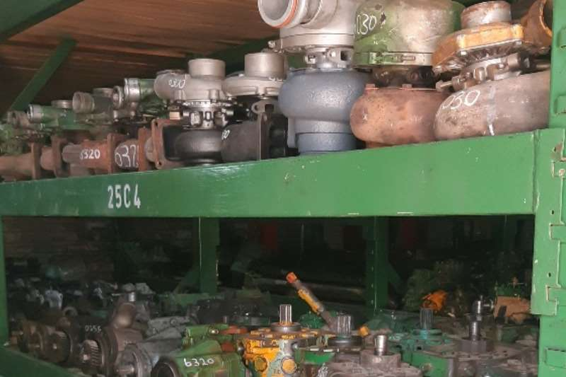 Components and spares Used Tractor Parts