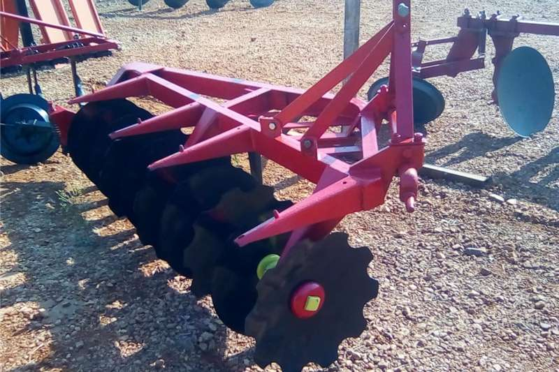 Harrows Massey Ferguson disc harrow one way Cultivators