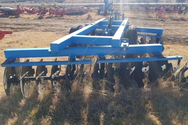 Cultivators Harrows New Tuffy Hydraulic disc harrow 12x2 24 disc