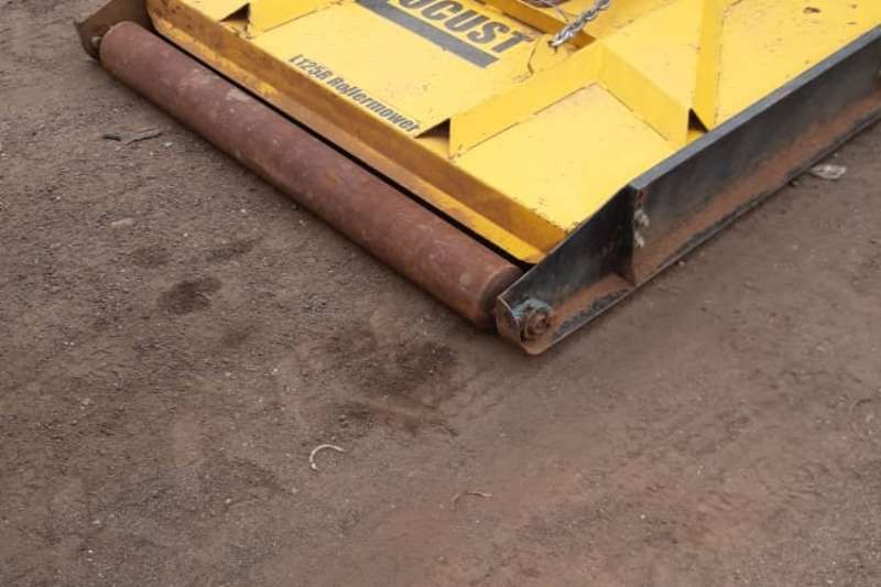 Cutters and shredders Other cutters and shredders 1.2m Roller Slasher Mower 2015