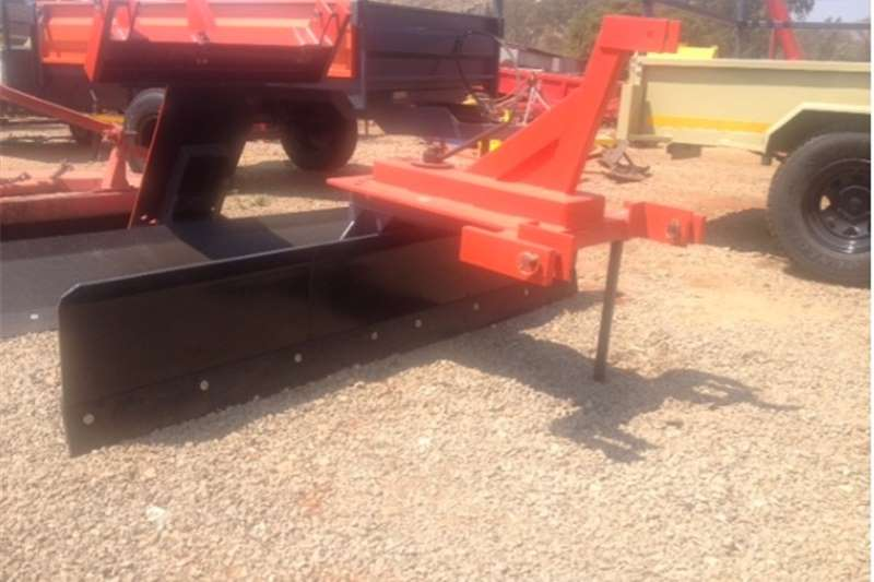 Cutters and shredders Other cutters and shredders S2667 Red Verrigter 2.1m Grader / Skraper New Impl