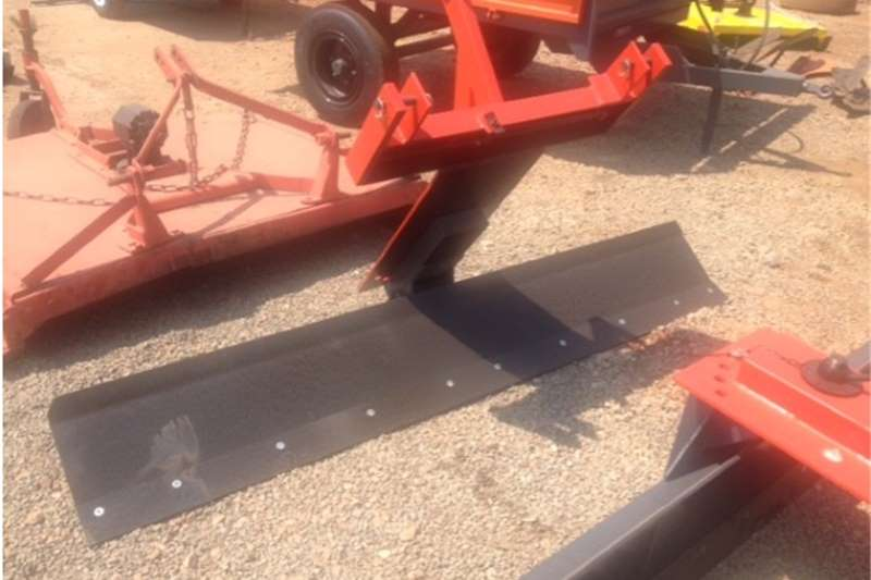 Cutters and shredders Other cutters and shredders S2668 Red Verrigter 2.5m Grader / Skraper New Impl