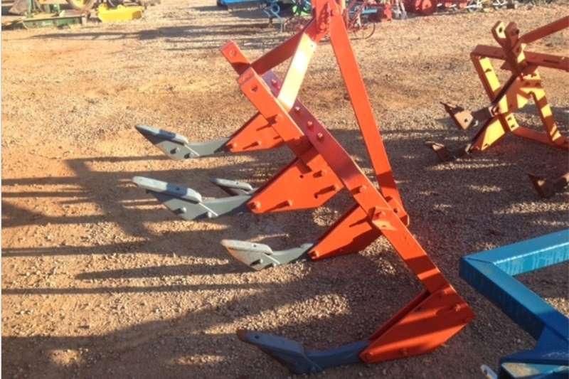 Cutters and shredders Other cutters and shredders S3130 Red U Make 5 Tine Ripper / 5 Tand Grondbreke