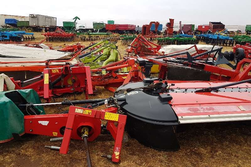 Slashers Various Mowers / Tolsnyers 4 tot 8 tol Cutters and shredders