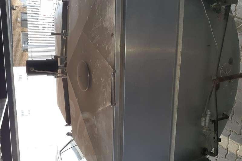 Dairy farming Milk machines 1750 L Stainless steel Milk Tank