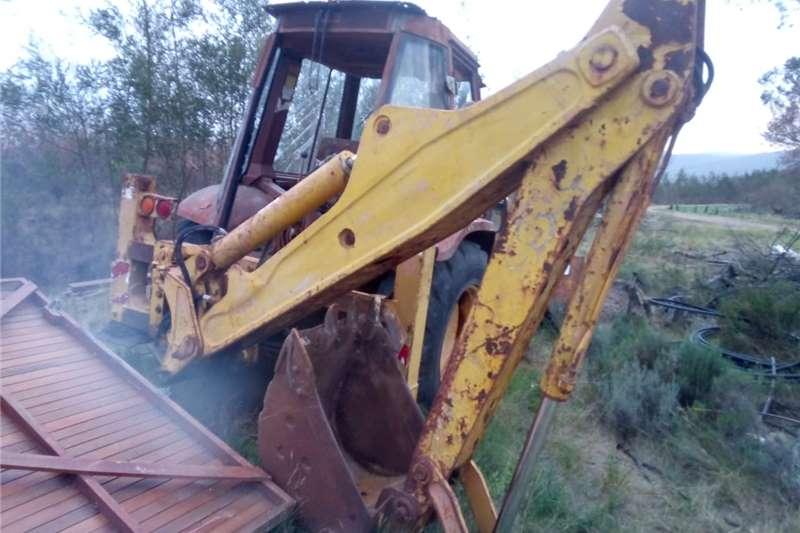 580 k case 4x2 TLB Digger