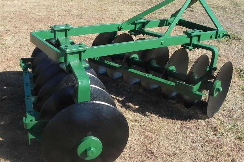 Disc ploughs Dis 14 skaar implement