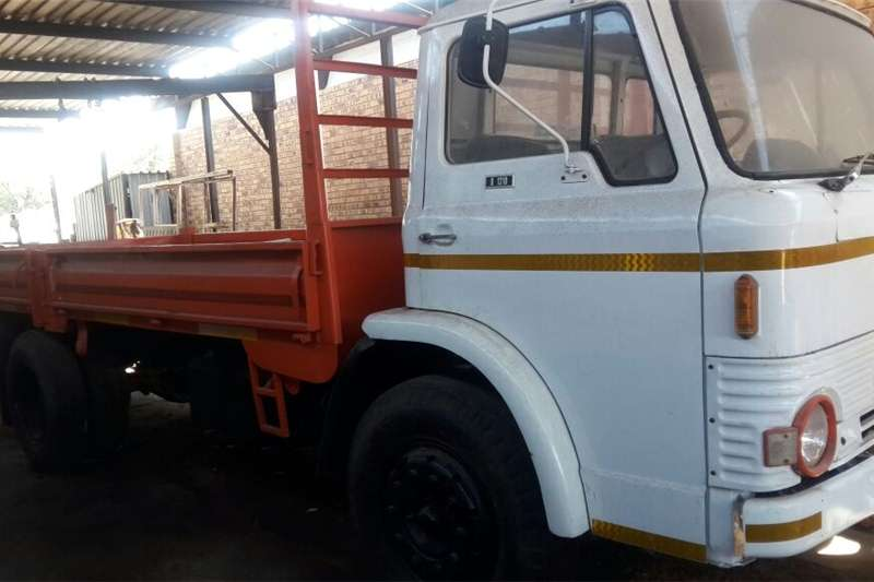 Double axle For sale