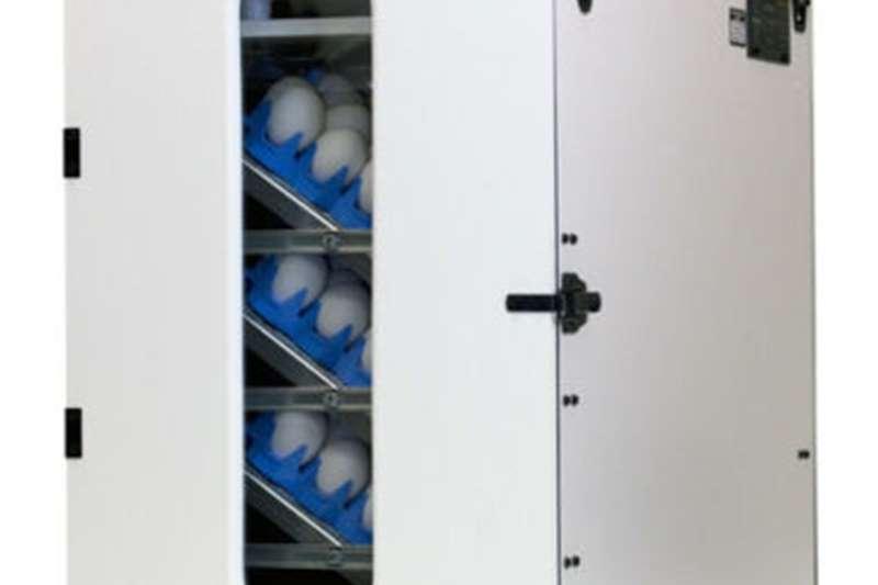 """1502 """"SPORTSMAN"""" incubator offers. Egg incubator"""