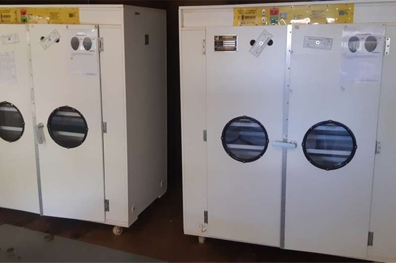 Egg incubator 2 x Surehatch SH 2160 Automatic Setter Incubators