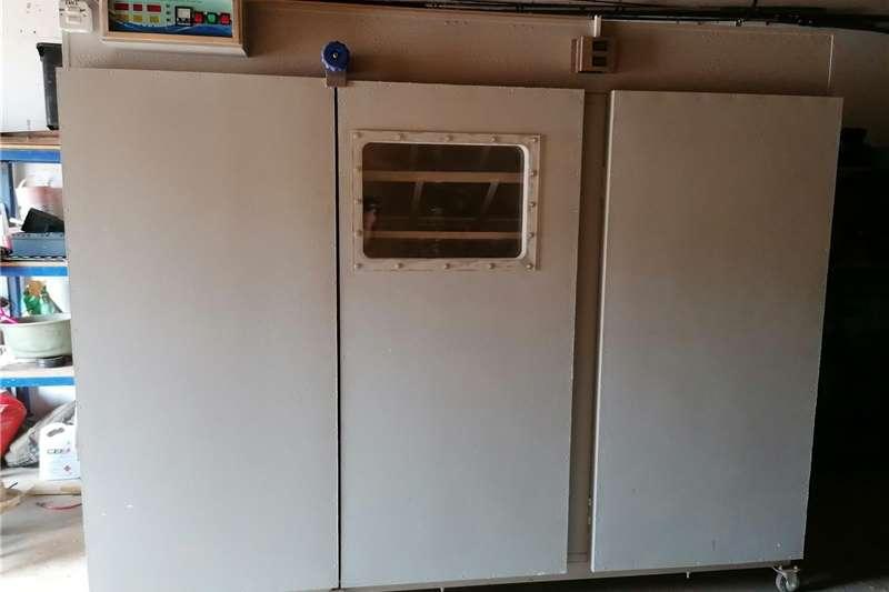 Egg Hatcher _ home built, Egg incubator