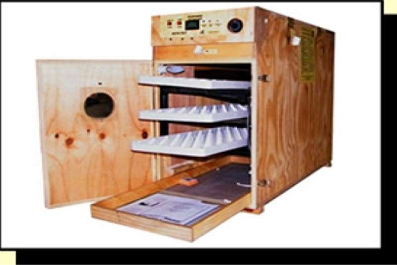 Egg incubator Industrial Automatic incubators for bird breeding.