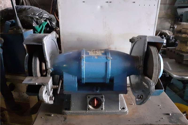 Electric motors / elektriese motors Bench Grinder Machine