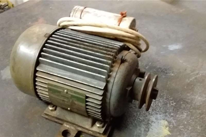 Brooks electric motors 1.5Kw. Electric motors / elektriese motors