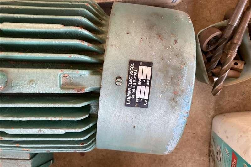 Electrical Motors Electric motors / elektriese motors