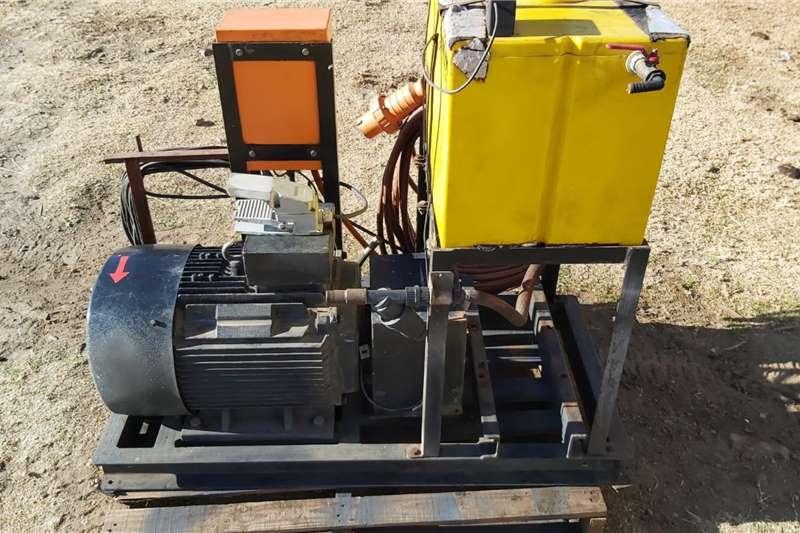 Electric motors / elektriese motors Hydraulic Power Pack