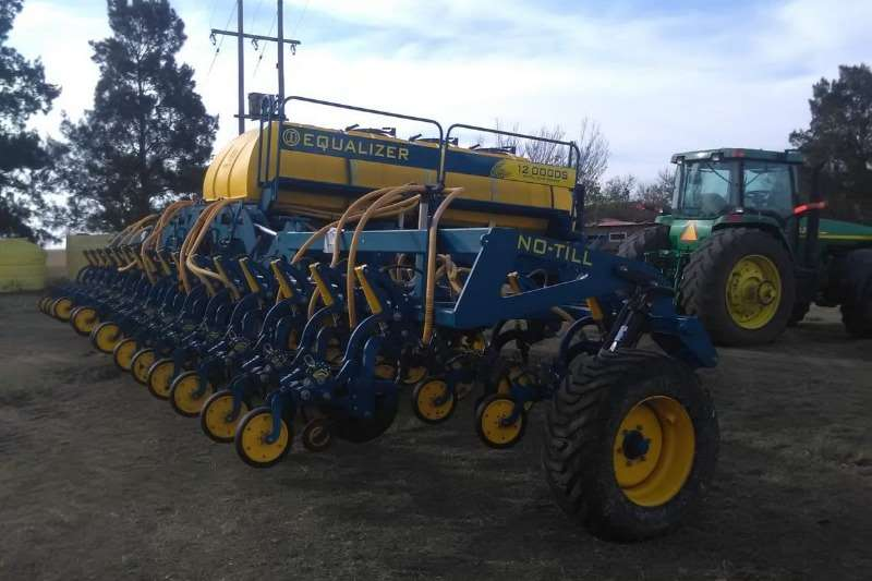 Equalizer Planting and seeding Drills Equalizer 12000 DS Planter 2017