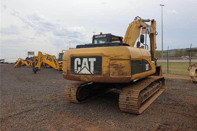 Excavator CAT 320D L Excavator 9000h Pre-Owned Other