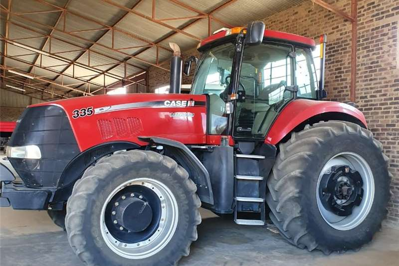 Farming CASE 335 TLB FOR SALE