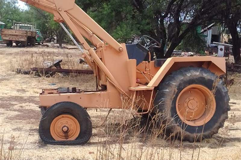 Farming TLB 580 G/H for sale for parts