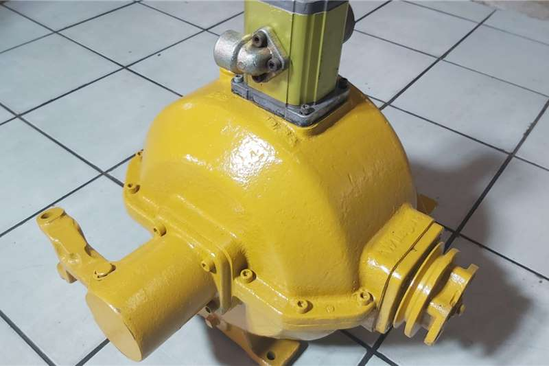 Feed mixers Concrete Mixer Gearbox Winget with hydraulic Pump