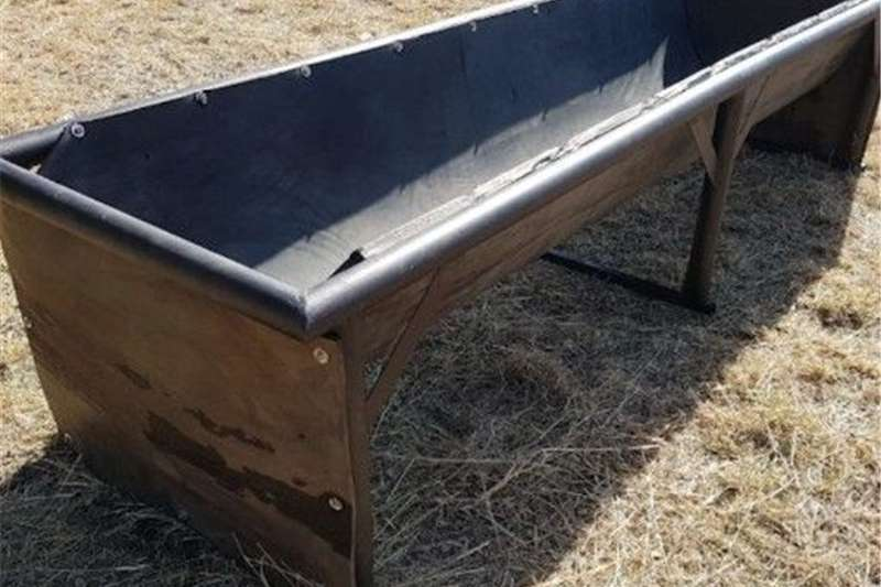Feed mixers Feeding troughs at the lowest prices  L24