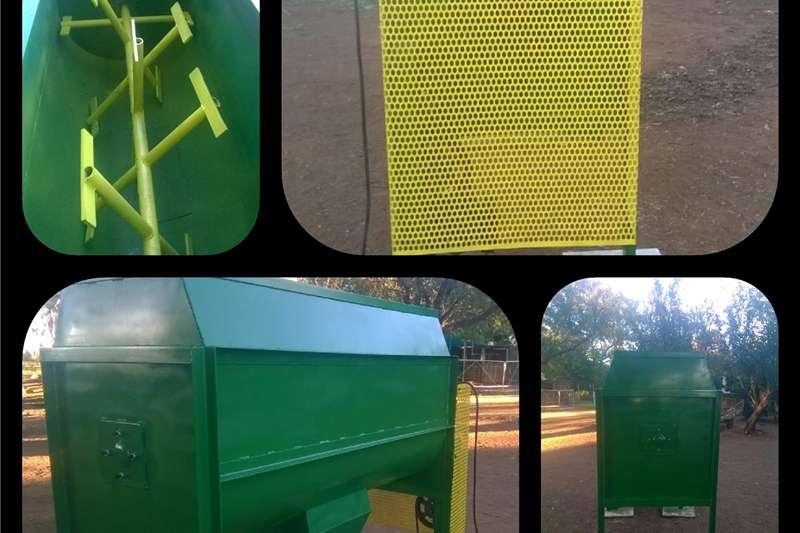 Feed mixers Horizontal feed mixers Feed Mixers up to 1.5 ton