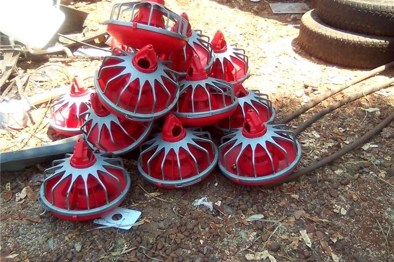 Feed mixers Other feed mixers Chicken feeders