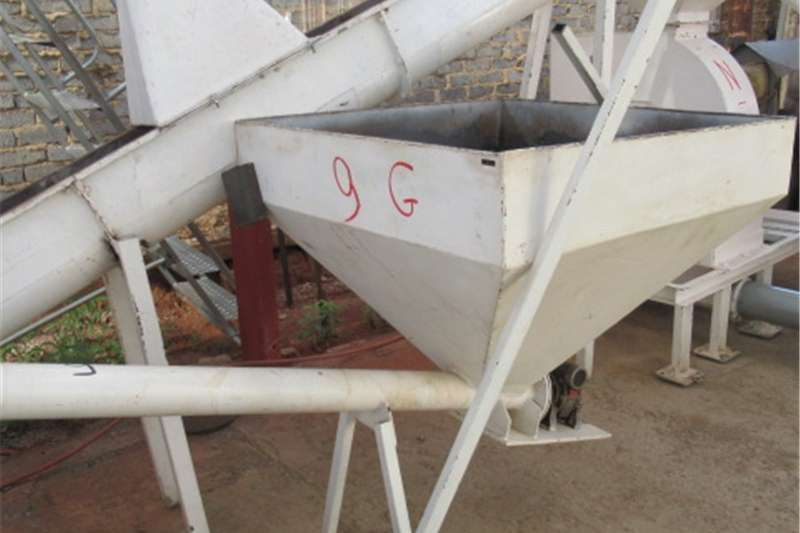 Feed mixers Other feed mixers Feeding Auger (G)DE03