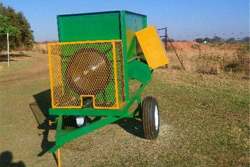 Build Feedmixers Feed wagons