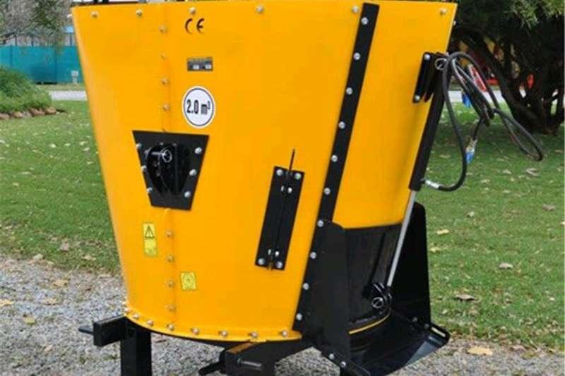 landbou landwyd    Feed Mixer Feed wagons