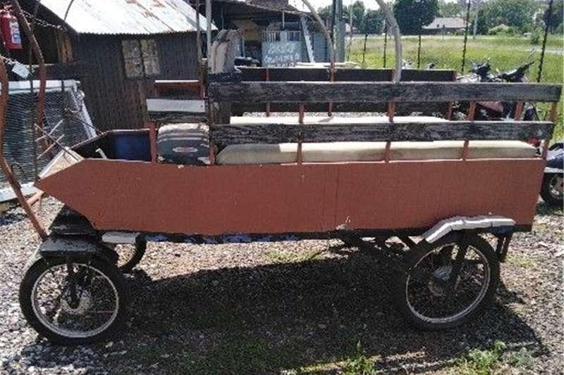 Feed wagons vintage 4 wheel wagon
