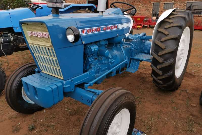 Ford Tractors 1982 Ford 4000 1982