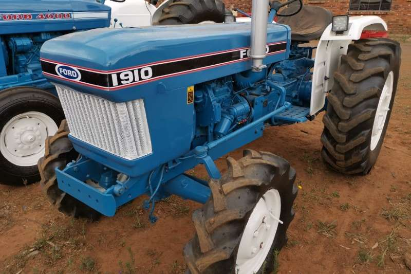 Ford Tractors 1990 Ford 1910 1910