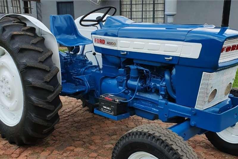 Ford Tractors 2WD Tractors 4000