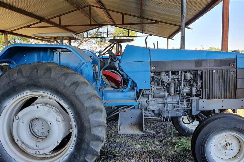 Ford Tractors 2WD Tractors 5640