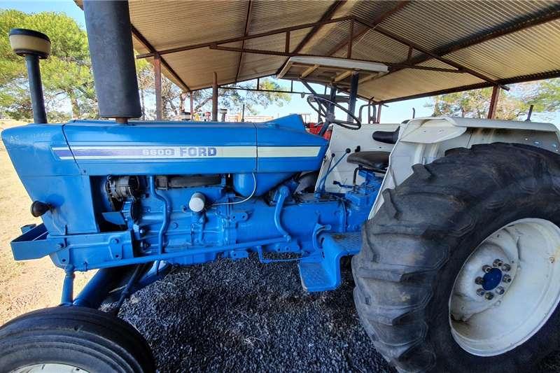 Ford Tractors 2WD Tractors 6600
