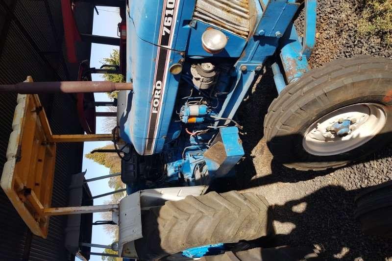Ford Tractors 2WD tractors 7610