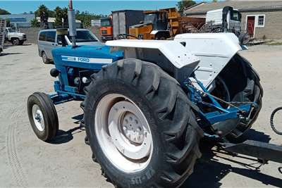 Ford 2WD tractors FORD 4600 Tractors