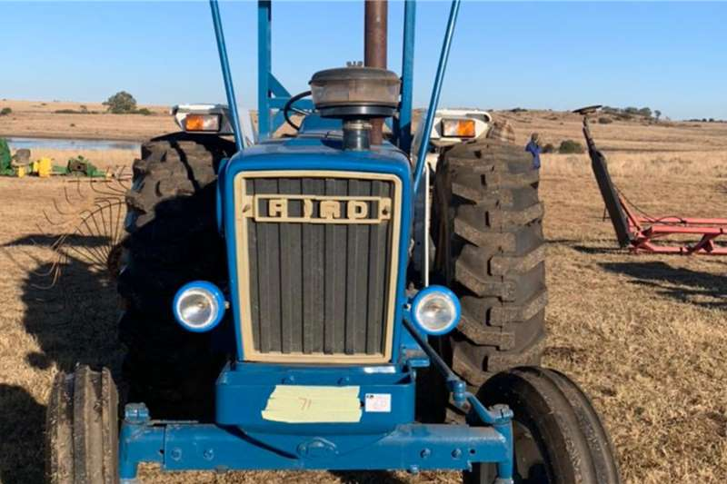 Ford 2WD tractors Ford 6600 Tractors