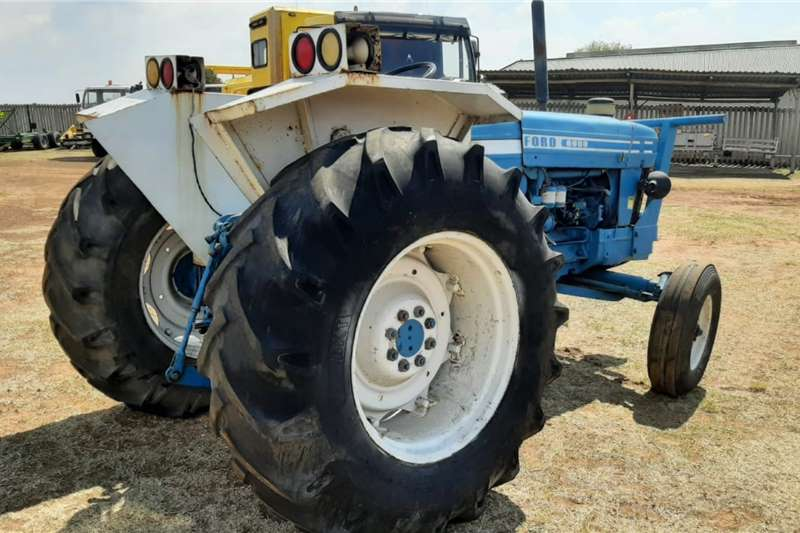 Ford 2WD tractors Ford 6600 Tractor Tractors