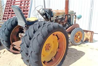 Ford 2WD tractors Fordson Major Tractors